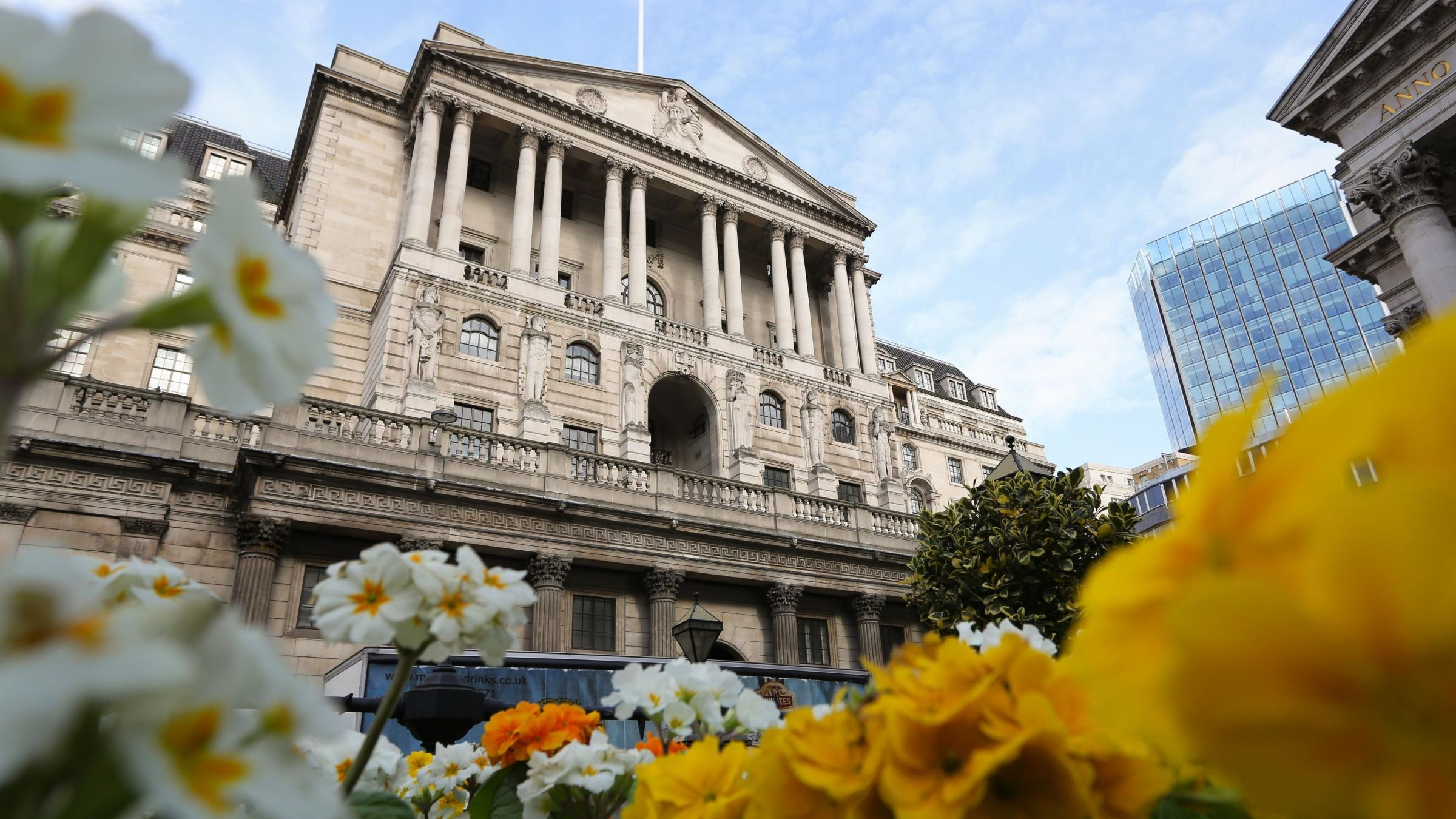 UK central bank surprises with split decision on rate hike